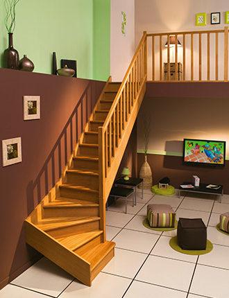 escalier en bois de chêne - ambiance
